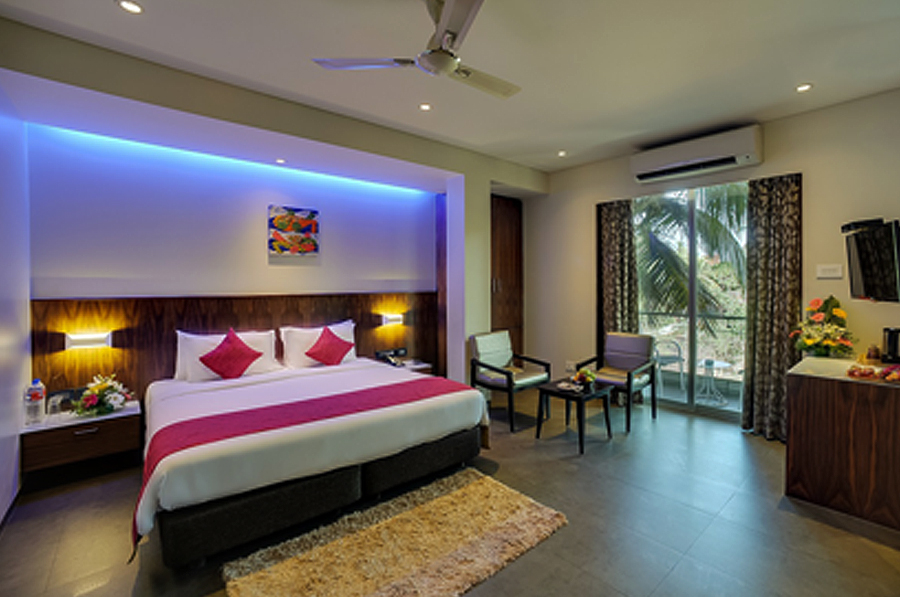 Hotels Near Candolim Beach