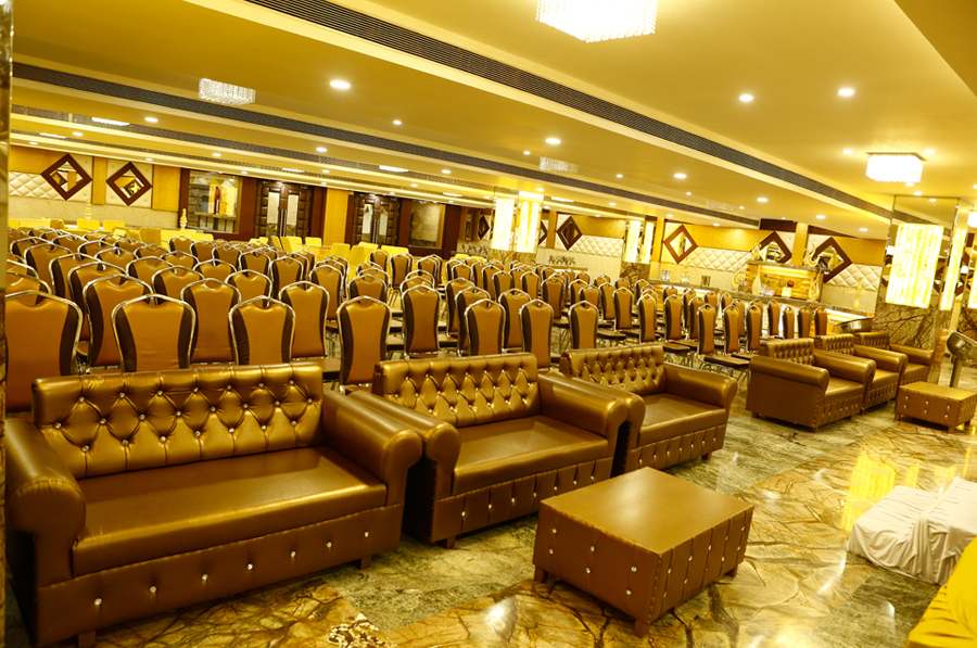 Hotels Near Airport Lucknow